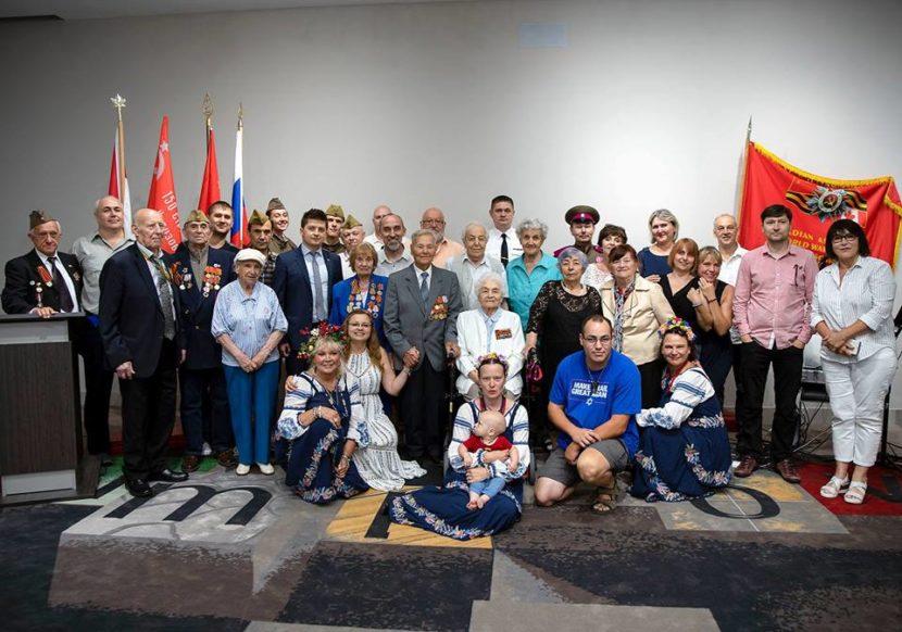 В Торонто ветераны отметили торжественную дату — 75-ю годовщину Курского сражения