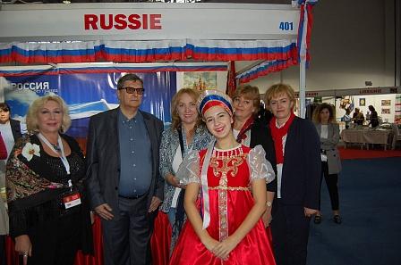 Соотечественники представили российскую культуру на «Дипломатическом базаре» в Тунисе