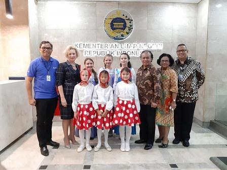 Русские песни звучали на «Дипломатическом фестивале» в Джакарте