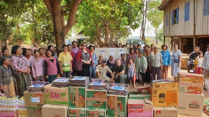 Соотечественники в Камбодже провели благотворительную акцию в честь Великой Победы