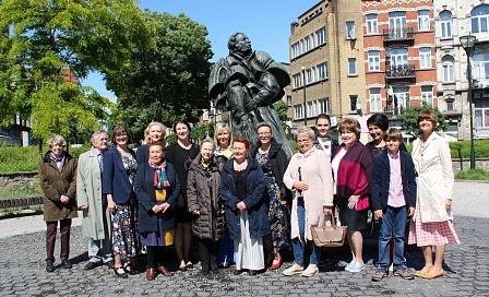 Потомки Пушкина приняли участие в торжественной церемонии у памятника поэту в Брюсселе