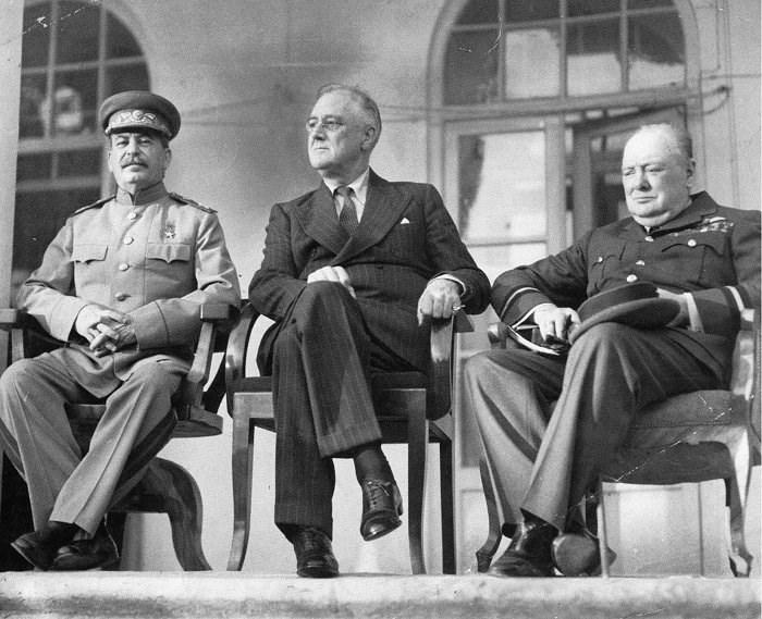 Сегодня 76 лет Kонференции в Тегеране