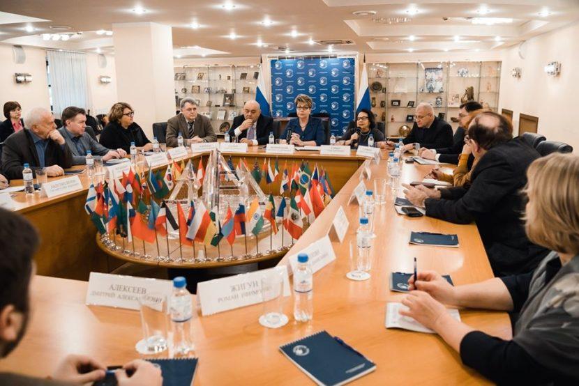 В Россотрудничестве прошел круглый стол, посвященный памяти жертв «Холокоста»