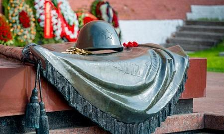Акции памяти Неизвестного солдата проходят по всему миру