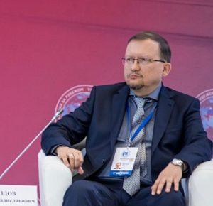 Михаил Дроздов: «Упоминание соотечественников в Основном Законе России было бы большим шагом вперед»