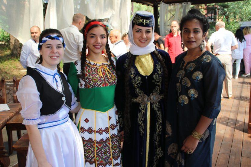 В Крыму прошла сессия Дома дружбы народов «Открытый диалог: просто об экспорте»
