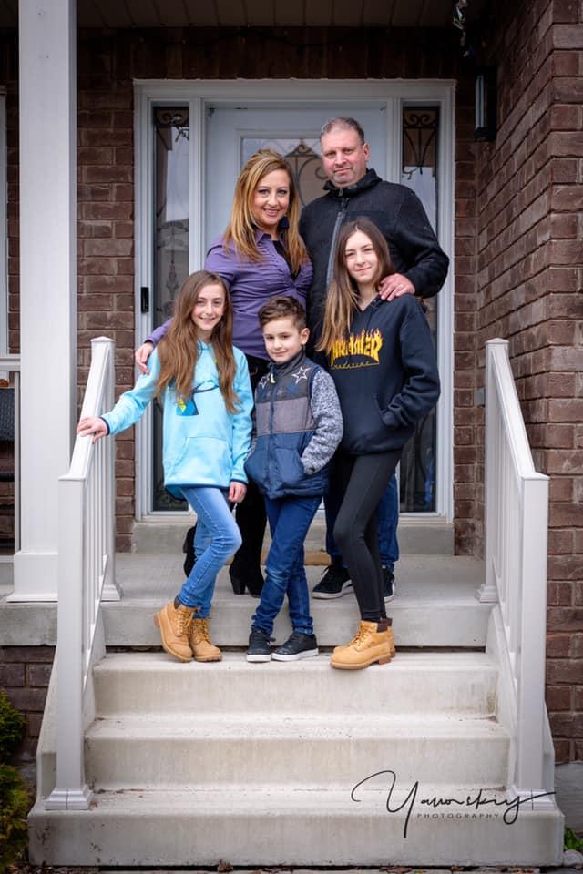 «Роль родителей в иммиграции невозможно переоценить». Интервью Ланы Баркан Русскому Экспрессу Торонто