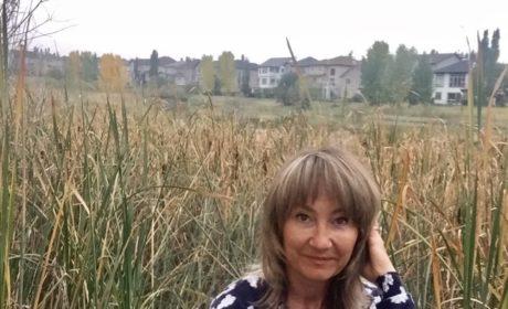«Кто вы, читающие Достоевского в подлиннике, пишущие кириллицей, думающие на английском?». Нина Романова — русский писатель в Канаде