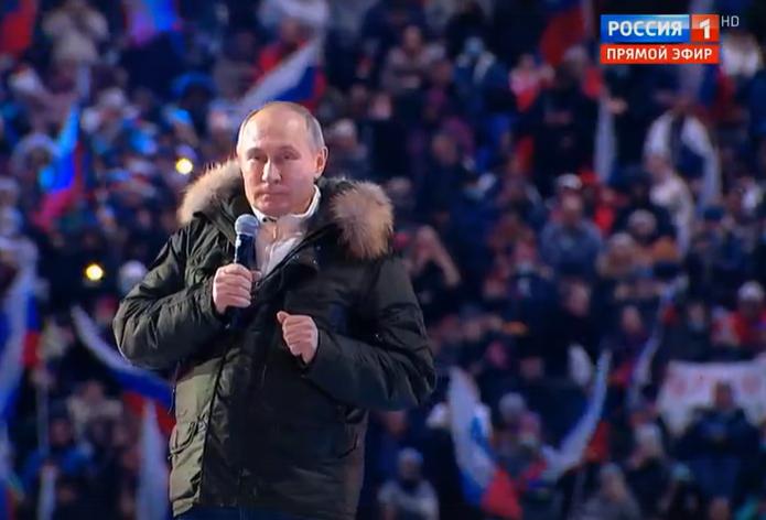 Путин поздравил россиян со сцены «Лужников» на концерте в честь годовщины возвращения Крыма