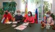 Карту мира развернули в Испании по случаю Дня России. На карте представлены места Канады, связанные с Россией