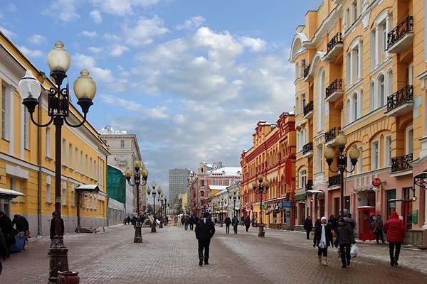 Хочешь в Москву? Прими участие в международном конкурсе детского творчества «Москва в сердце каждого»