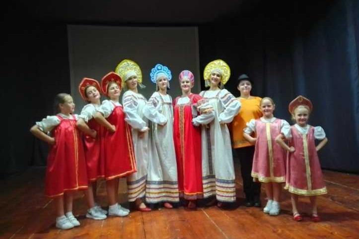 В Сербии прошли два дня русских танцев